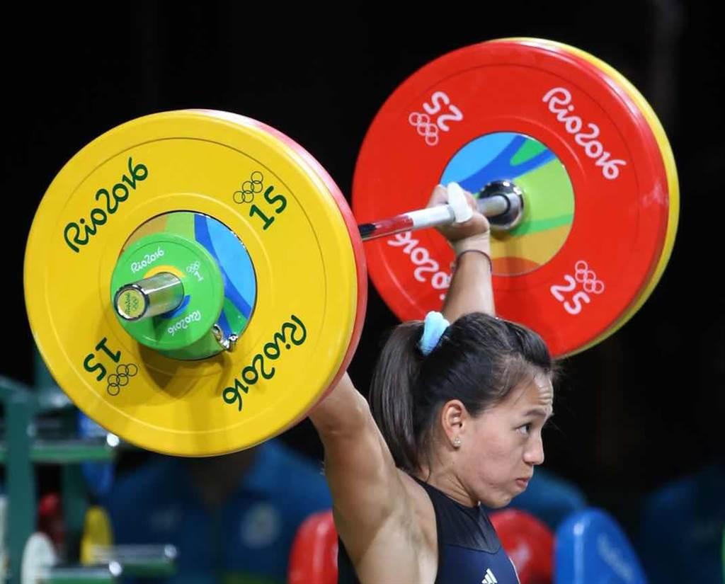 郭婞淳抓舉102公斤,並列第二,最終以總和231公斤摘下銅牌。(陳信翰攝)