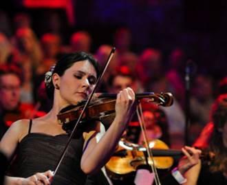 小提琴女神慕特欽點 克拉瑪基朗將訪台展琴藝