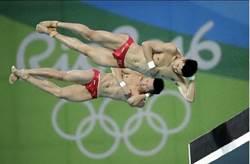 顧眼睛!奧運計分板一出 跳水選手瞬間全裸