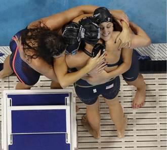 里約奧運》美國女泳隊800m接力鍍金 蕾德基締成就
