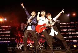 五月天「Just Rock It」高雄無限放大版單場5.5萬人狂歡