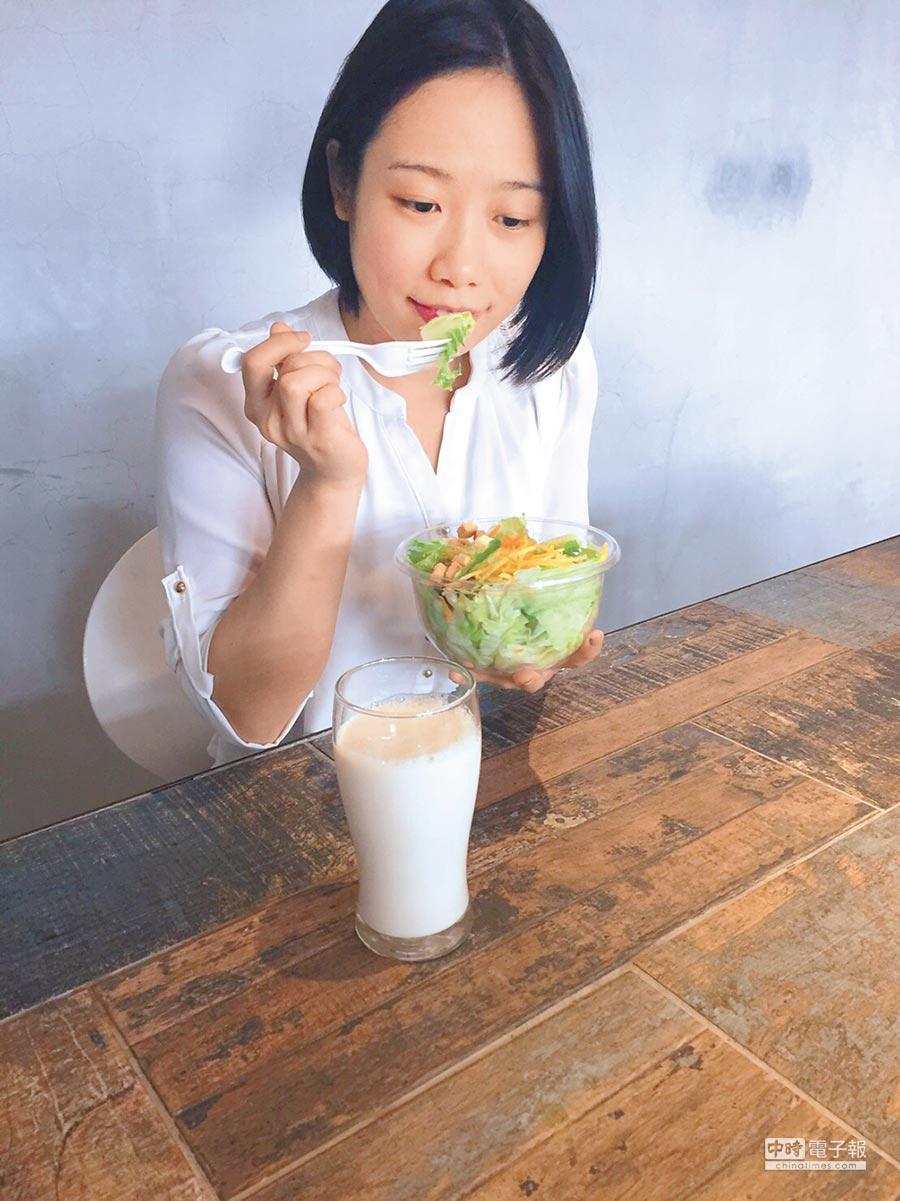 每日吃早餐,有助人體健康長壽。(本報系資料照片/趙函穎營養師提供)