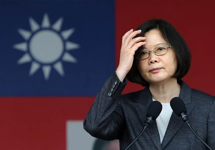 台灣指標民調15日最新民調結果,民眾對蔡英文執政表現有45.5%滿意、39.8%不滿意,滿意度首次跌破五成。(本報資料照片)