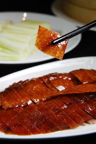 兩吃拚贏多吃 北京袁式烤鴨發明人來台炫技