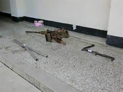 翻覆戰車遺落最後證物 50機槍重見天日