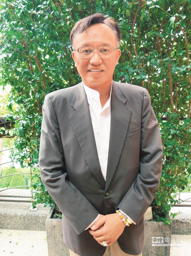 中華民國健康食品協會理事長楊燿銘。(記者王揚宇攝)