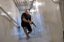 傑森史塔森秀超會打 《極速秒殺2》首周票房4000萬奪冠