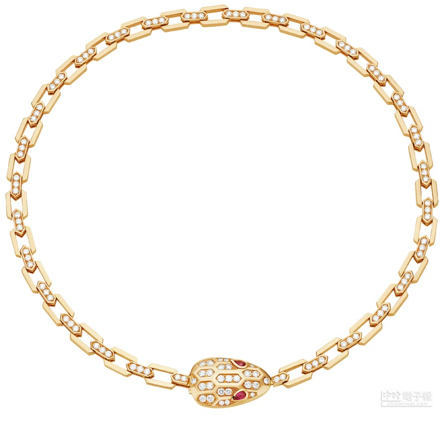 BVLGARI Serpenti Eyes on Me系列項鍊,玫瑰金鑲嵌紅寶石與密鑲鑽石,128萬2000元。
