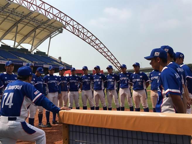 2016亞洲青棒錦標賽韓國代表隊。(葉姵妤攝)