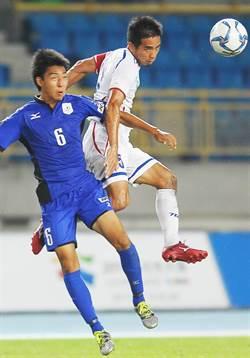 中華男足MVP 教頭頒給陳毅維