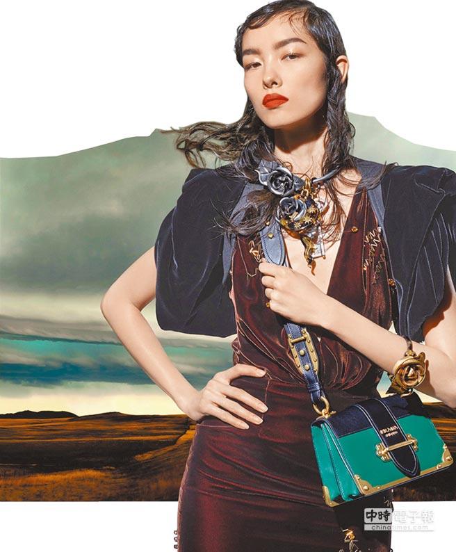 Prada 2016秋冬系列女裝廣告。圖片提供Coach、Jimmy Choo、Michael Kors、Prada、Ralph Lauren