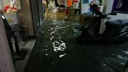 逢大雨必淹 南市沙加里巴百戶商家盼改善積水問題