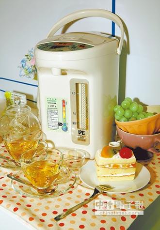 熱水瓶水位一降就加水 專家:水質會變差