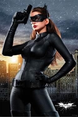好想回DC 安海瑟薇:「想再演貓女」
