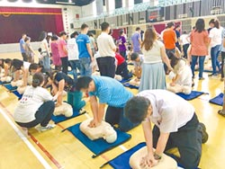 暨大附中教職員 全獲CPR+AED證照