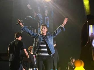 獨家/BIGBANG勝利才來一天就開趴 再度極樂台灣