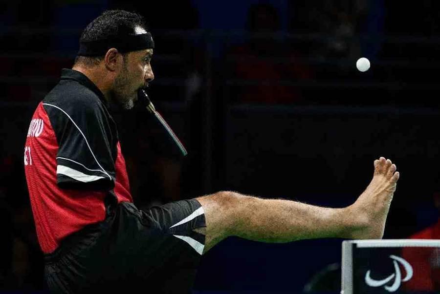 埃及无臂桌球选手汉玛德托参加里约帕运。(美联社)