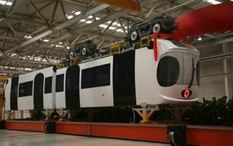 首發! 大陸空鐵列車在南京下線