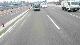 華江橋往板橋路面進行改善工程