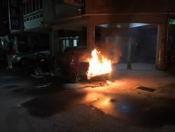 雲林火燒車  駕駛嗆傷脫險