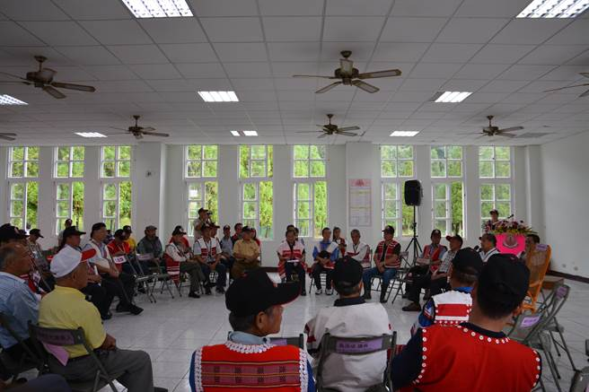 賽夏族民族議會共分為上議院與下議院,成為分別來自苗栗南群、新竹北群各姓氏族人。(莊旻靜攝)