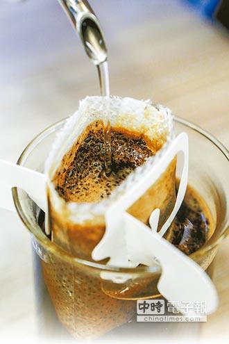 濾掛式紙袋咖啡易致癌?腎臟科醫師警告:PAE濕強劑有害人體