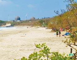 墾丁海灘淨空 勸離遊客