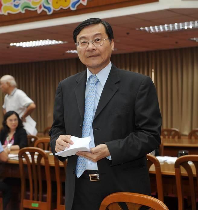 國民黨籍立委曾銘宗受訪表示,174筆中無任何一筆從台灣匯出,其中有二筆 受款人是兆豐銀行巴拿馬分行及箇朗分行,匯款人則是台資金融機構。(劉宗龍攝)