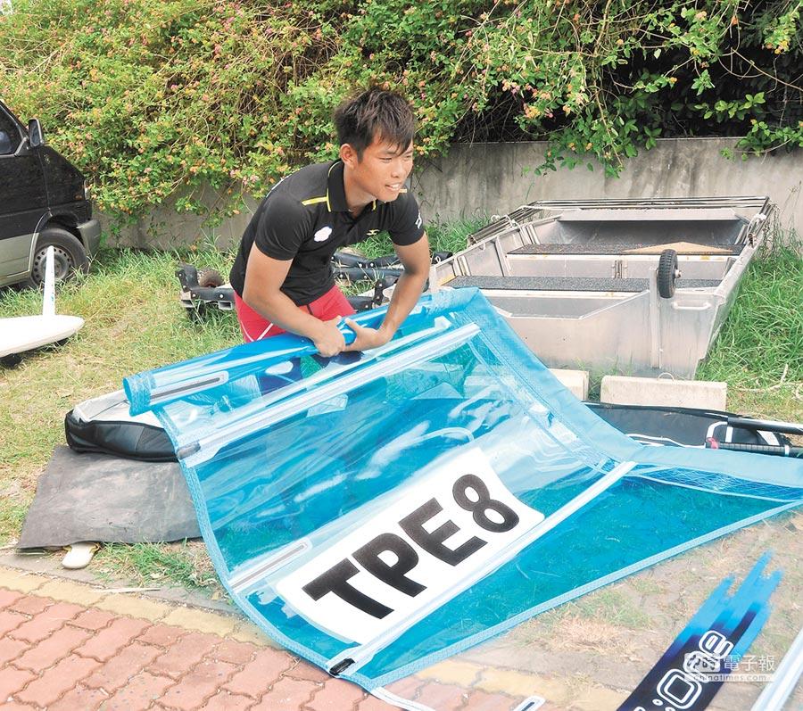 台灣風浪板好手張浩,在運動生涯的低潮時,遇到林鴻道伸出援手。(葉士弘攝)
