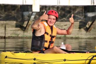 英紳士就愛高雄愛河 水域航行認證拿金牌