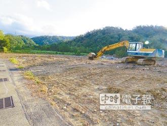 綠隧變荒地 砍樹蓋倉庫惹怨