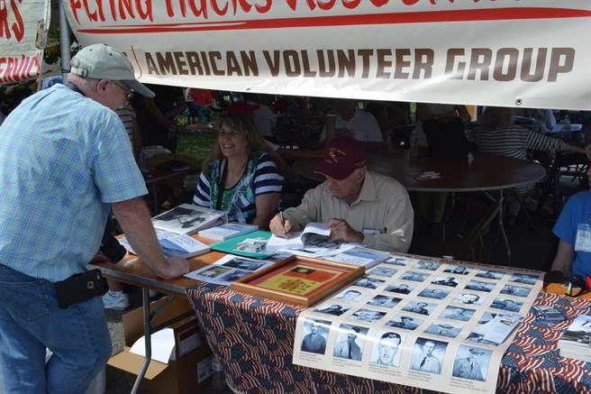 伴隨著第一代飛虎隊老兵的凋零殆盡,參與此次活動者大多數是志願隊的後代。(許劍虹攝)