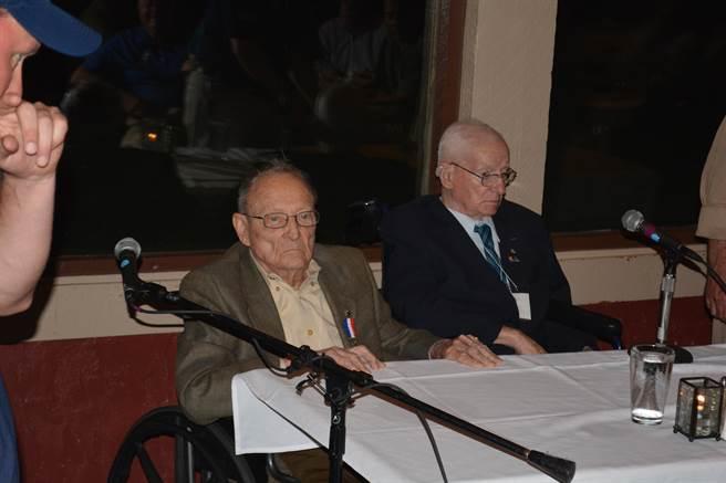 參加此次年會的,僅有第3中隊機工長法蘭克·隆松斯基(Frank Losonsky)與第3中隊軍械士查理斯·拜斯敦(Charles Baisden)兩名飛虎老兵,象徵著一個時代即將走向終結。(許劍虹攝)