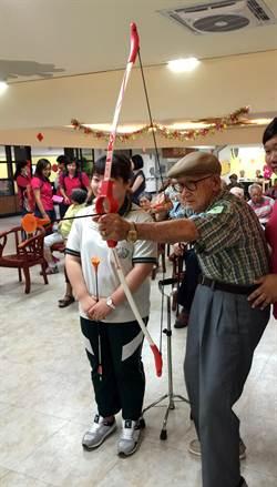 日間照護老人運動會 歡笑滿堂
