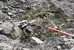 【影】被土石活埋村長遺體找到了!被沖到人車分離