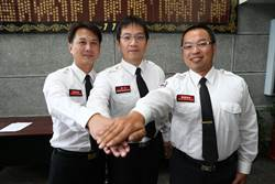 竹市消防局新任官員授階 林智堅期勉精進