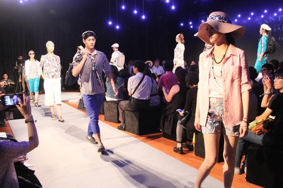 台南創意時尚秀請來凱渥名模專業走秀,相當具有看頭。(程炳璋攝)