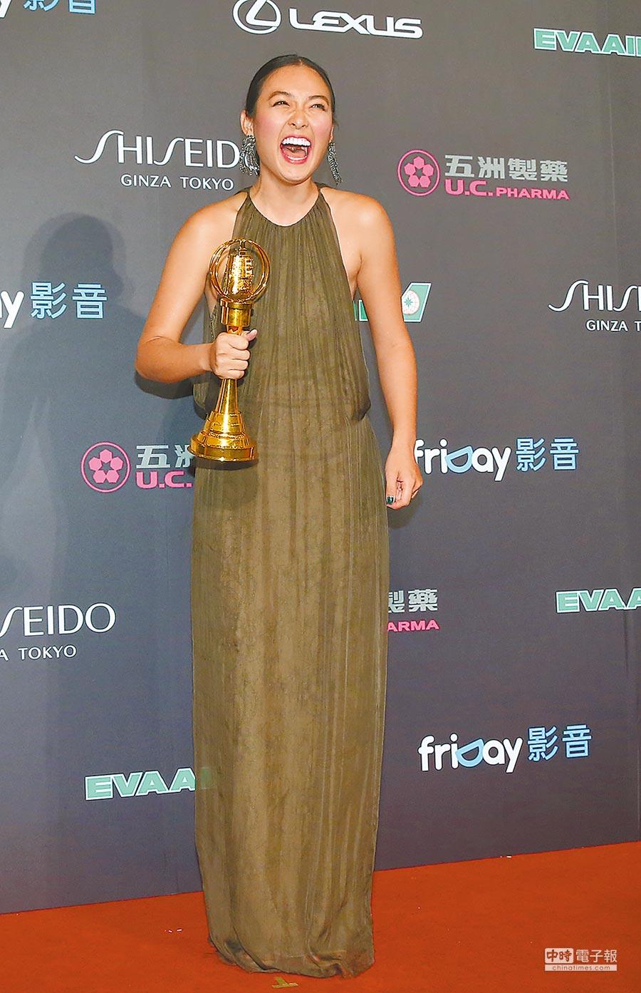 黃湘婷擊敗眾多大哥級前輩,成為綜合節目主持人大黑馬。