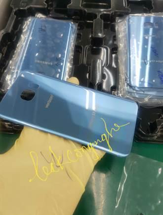 Note 7下台 三星擬推珊瑚藍S7 edge墊檔