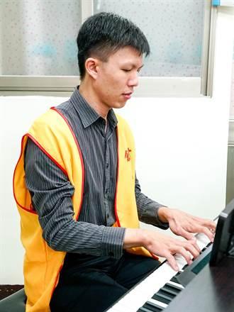 江杰飛鋼琴獨奏 門票收入助植物人