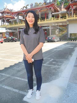 23歲溫伊柔 成苗縣最年輕村長