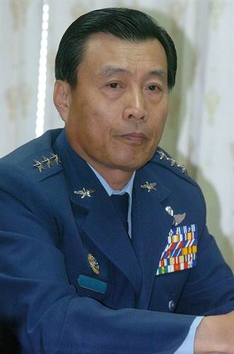 國安局長楊國強請辭 前空軍司令彭勝竹接任