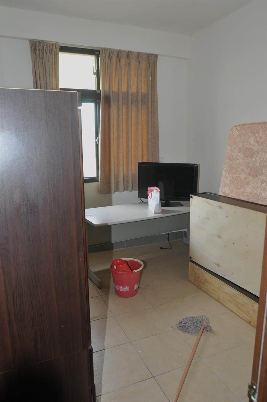 温起锋租住的套房,今天已由房东打扫清空。(李金生摄)