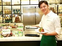 FoodSaver真空保鮮機新款上市 型男主廚Soac秀料理