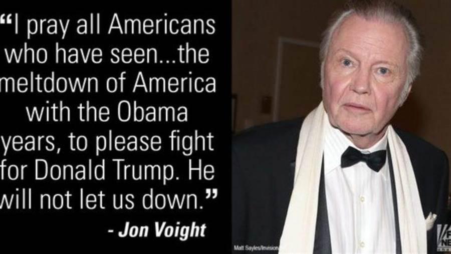 圖中說:「我祈禱每個美國人都能意識到,歐巴馬執政這幾年中,美國如何衰落。 所以支持川普吧,他不會讓我們失望。」圖為安潔莉娜˙裘莉父親,強˙沃特(右)為川普發聲截圖。