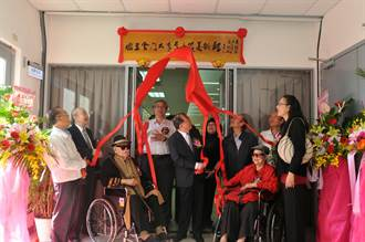 金大李奇茂美術館揭幕 全台大學第1座