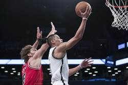 NBA》林書豪腿傷退場 籃網爭氣摘第2勝