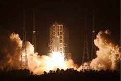 陸長征五號火箭成功發射升空