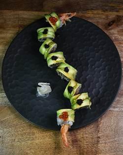 台北首見混血壽司吧NYUSU 廚師菜式皆好「型」