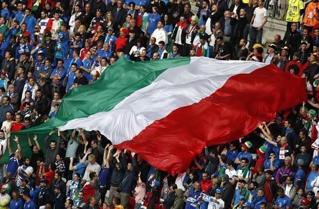 義大利12月公投威脅更勝英脫歐,恐成為歐盟下個新風暴。(圖/美聯社資料照)